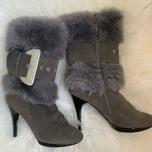 Shoes - Gray bling high boots